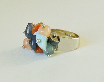 Stone Chip Ring Pale Pastel Colors Silver Tone Stone Cluster Jewellery Jewelry Dangle Dangly Bead