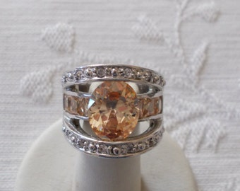 18K White Gold Filled Rhinestone and Faux Topaz Ring/  (290).