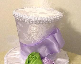 "White Satin Jacquard Bridal Top Hat Fascinator (4.5"" Tall) - Alice in Wonderland, Mad Hatter Tea Party, Birthday, Bridal Shower, Wedding"