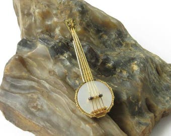 Vintage Banjo Pin, Banjo Brooch, Mother of Pearl, Bluegrass Music