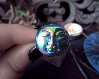 Moon Face Ring, Titanium Aura, Titanium Flame Crystal, Multicolor Crystal, Full Moon Ring, Moon Witch