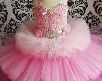 Pink Tiered Dress/Pink Heart Dress/Valentine Outfit/Baby Birthday Dress/Valentines Day Outfit/1st Birthday Dress/Pink Baby Girl Dresses