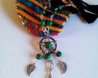 ethnic necklace with semi-precious malachite jade fire agate