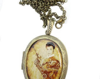 Doctor Who David Tennant Locket & Gift Box - Steampunk Necklace