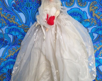 Vintage 1950s 1960s BRIDE doll with big dress, Barbie look-a-like, Handmade lace wedding gift costume, unusual centrepiece table decoration