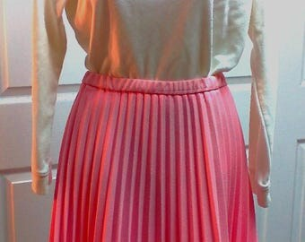 Pretty Pink Vintage Talbott Traveler Pleated Skirt