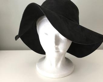Vintage real suede hat/1970s hat women/Boho hat/bohemian 60s hippie hat/black hat floppy wide brim sun hat/witchy 70s hat/leather cowboy hat