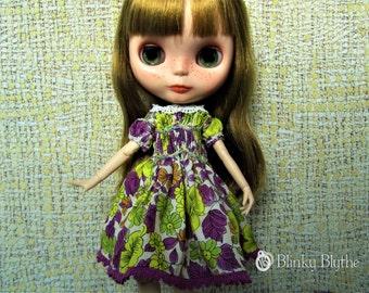 SMOCKED Dress for Blythe, Pullip