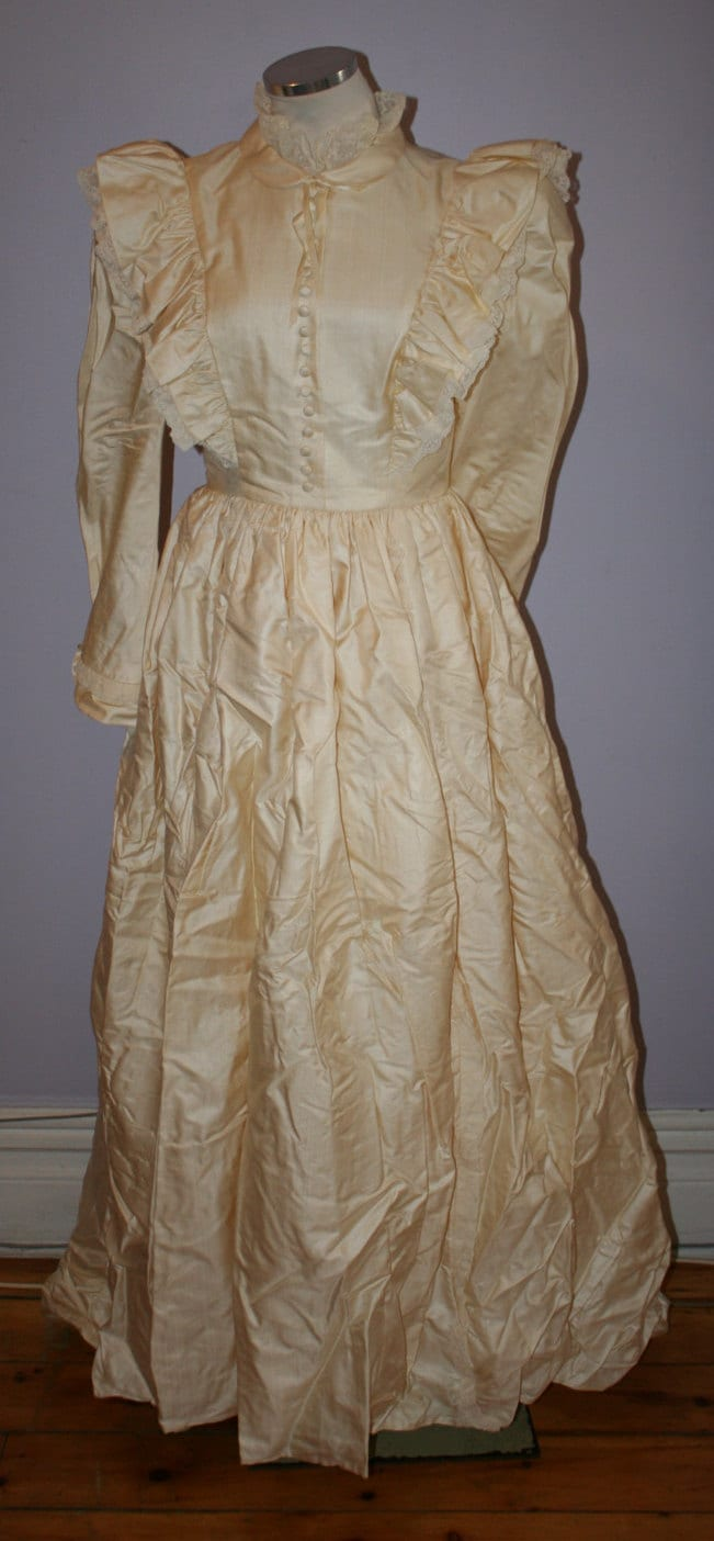 Vintage Wedding Dress Ca : Gina fratini vintage silk wedding dress s size