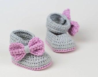 CROCHET PATTERN - Crochet Baby Booties - Crochet Baby shoes - Photo Tutorial - PDF