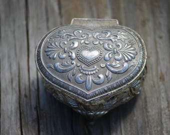 Small Heart Trinket Box Jewelry Box Japan