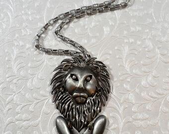 Vintage Lion Pendant Necklace Articulated Animal Necklace Articulated Lion Jewelry Animal Jewelry Figural Necklace