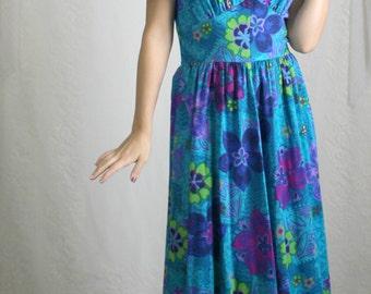 70s Blue Hawaiian Floral Maxi Dress // Vintage Short Sleeve V-Neck Long Dress // Size: S/M