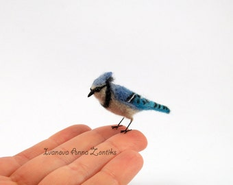 Felted blue Jay, Felted bird,  miniature birds, tiny birds, mockingjay, Jay miniature, bird miniature, birds for doll house tiny Jay toy jay