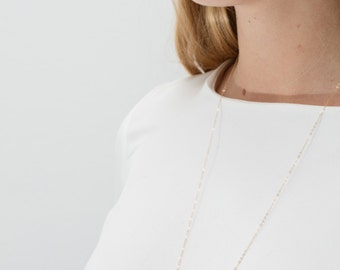 sautoir collier inessa plaqué or gld filled pierres semi précieuses howlite ( comme marbe) minimaliste boho bobo