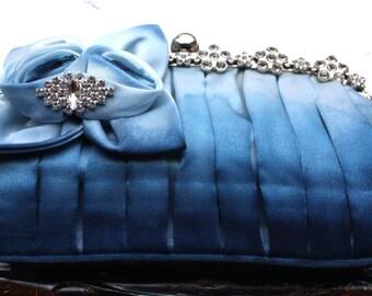 Blue ombre bridal clutch,  Blue evening bag, Ombre purse, Blue gradient bag, Blue gradient clutch, Blue clutch bag, Bridal blue clutch purse