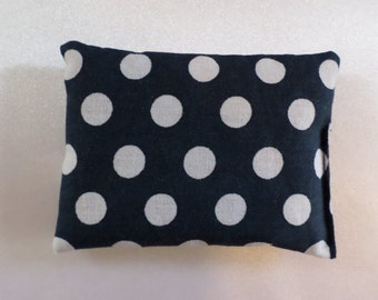 Lavender fragrance cushion - white dots