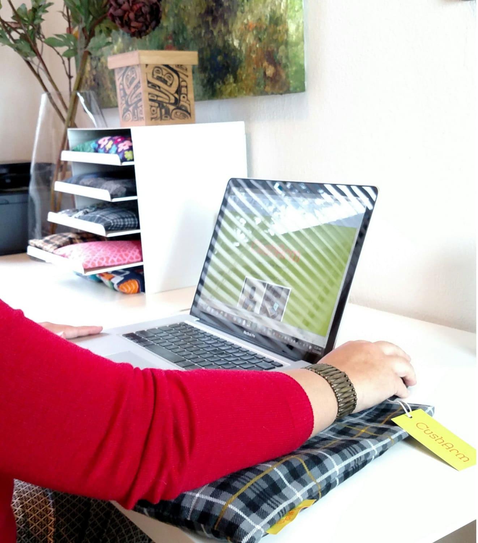 Computer Desk Elbow Cushion Hostgarcia
