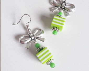 """""""Collection Babydoll"""" green with knot earrings"""