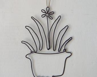 Wire Plant Ornament