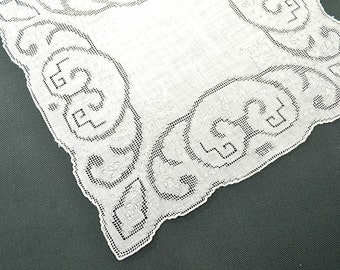 VINTAGE WEDDING HANKIE, Wedding White Linen Drawn Work and Grey Work Embroidery Scalloped Corded Hem Stitched Excellent Condition