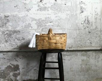 Vintage Floral / Easter / Tea Towel / Knitting Basket