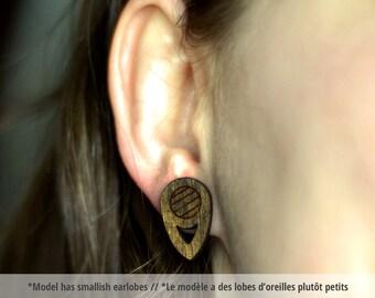 Brown geometric wood earring studs. Geometric earrings, minimalist studs, chocolate brown studs, dark brown jewelry, HYPOALLERGENIC earrings