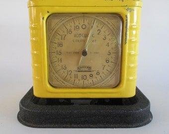 Homewate Utility Scale, Vintage Yellow and Black Enamel, Royal, Trenton New Jersey Retro Kitchen Decor Plant Stand Garden Deck