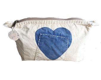Ali Lamu Clutch Large Natural HEART Blue