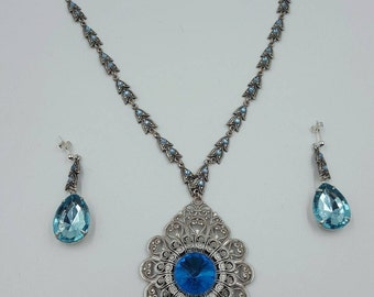 Vintage Inspired Filigree Necklace and Earrings Set