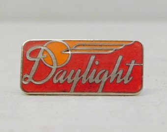 Southern Pacific Daylight Lapel or Hat Pin; D&RGW Trains; Railroad; Red and Yellow Logo; FREE SHIPPING U.S.A.
