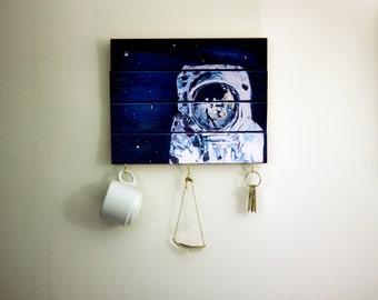 Key Hook, Key Rack, Moon Art, Space Jewlery, Necklace Holder, Jewellery Holder, Cup Holder, Mug Rack, Mug Holder, Wooden Signs, Astronaut