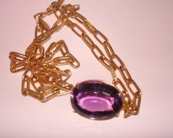 Amethyst Stone Gold Tone Pendant with  Chain Bijoux
