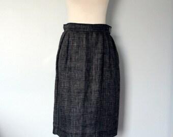 Vintage Pencil Skirt / Ungaro Pencil Skirt / 1980s / Medium / Black white plaid linen designer skirt / Made in Italy / Midi Skirt / Women