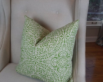 Green and Beige Pillow Cover, Decorative Pillows, Housewares Decor, Home Living, Green Cushion Covers-0003