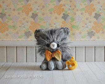 fuzzy gray kitten, crochet kawaii amigurumi grey kitty cat, stuffed kitten animal plush, mini yellow mouse