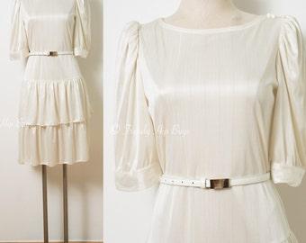 Vintage Ivory dress, 70s ivory dress, 70s Dress, Vintage cream dress, 2 tier dress, flunce dress, vintage party dress - M/L