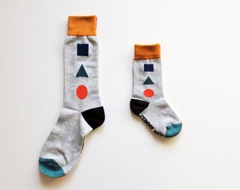 Comme moi socks - for kids and parents //  MOTIFS GEOMETRIE GRIS