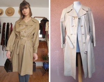 1970's Beige Leather Trench Coat - Size S/M