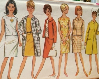 Classic Vintage Wardrobe---Shell Top, Coat, Jacket, and Skirt all included---Simplicity 6882
