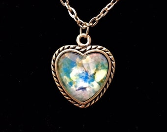Damask Garden Vintage Heart pendant necklace (ACSq1-A8)
