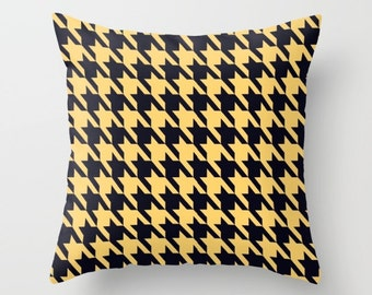 Yellow Houndstooth Pillow Cover Houndstooth Pillow Yellow Pattern Pillow Indoor Pillow Outdoor Pillow Hounds tooth home decor Yellow Pillow