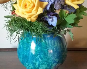 Glass vase vinegar painted in blue