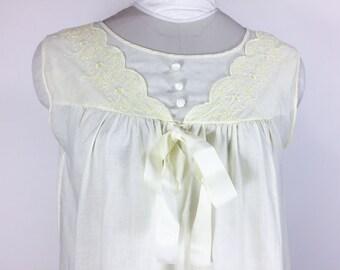 Vintage Yellow Nightgown Yellow Nightie Embroidered Flower Nightgown Yellow Cotton Nightgown Summer Nightgown 1960s Nightgown Size Medium