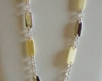 Liz Claiborne Silver Tone Chain Creamy Beaded Necklace