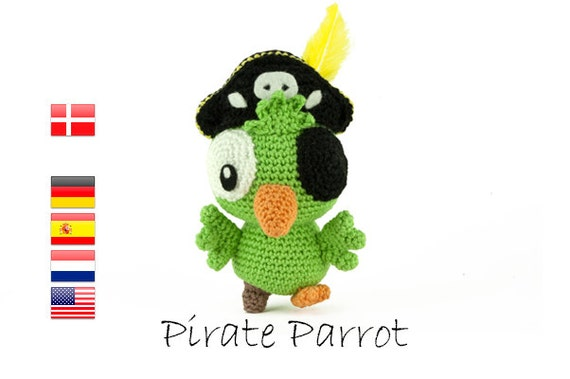 Crochet pattern Pirate Parrot