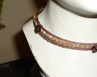 Vintage  NAPIER JEWELERY  Delicate Chocker With Crystals and Roses