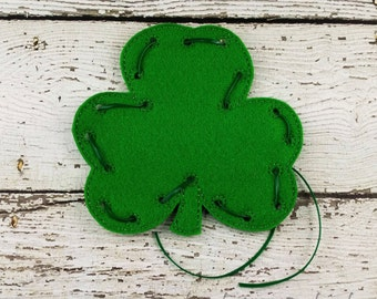 Clover Lacing Card, Quiet Game, Toddler Toy, Travel Toy, Party Favor