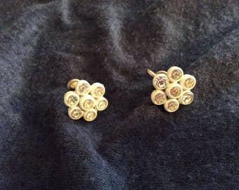 Flower shaped rhinestone earrings