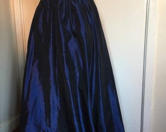 "Handmade Beautiful blue tonic full length skirt 26"" waist"